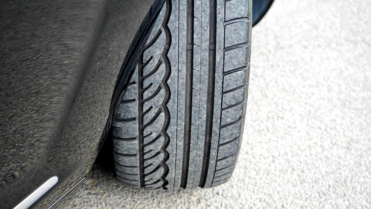 Soyez malin à la rentrée avec le montage de vos pneus chez Jumbo !