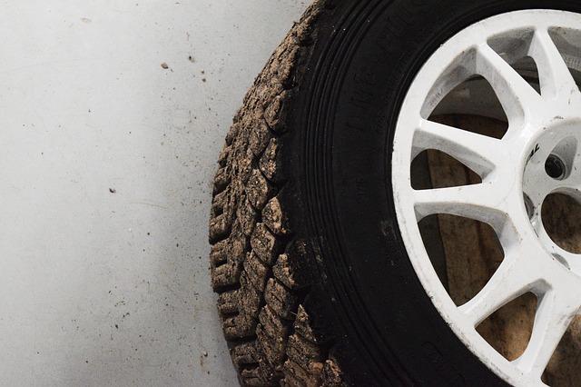 Pourquoi changer ses pneus chez Jumbo Pneus ?