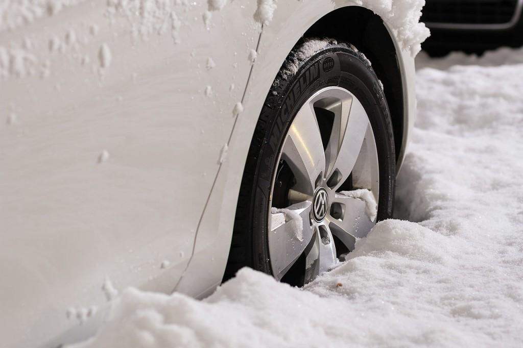 Pneu neige pas cher Bezons – Pneu hiver pas cher Gennevilliers