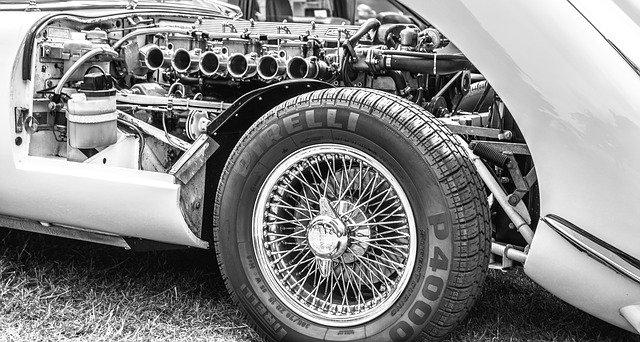 Les pneus intelligents Pirelli communiquent avec les autres véhicules !